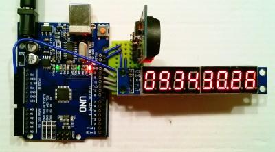 maxim-clock1